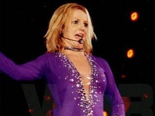 Voyeur Private : See Britney Spears public cameltoe shots!