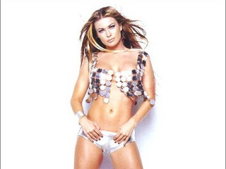 Voyeur Private : Carmen Electra swimsuit and panty cameltoe!
