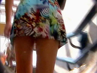 Upskirt Pussy - Skimpy up skirt video in a crowd