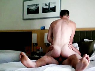 Gay Porn : Home made gay action with hunks banging hard!