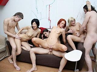 Party Hardcore : Extreme shots with extreme boy orgy!